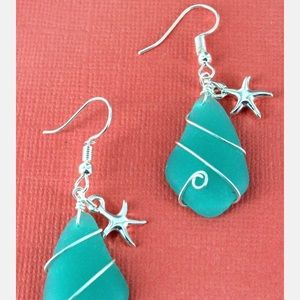 Jewelry - Wire Wrapped Sea Glass & Starfish Earrings